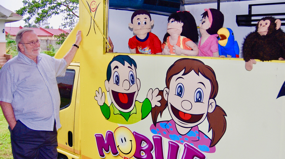 Mobile Puppet Theater for abused children center