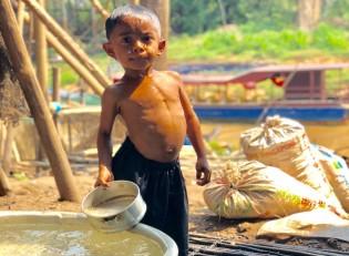 Cambodia waterfilter program